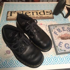 Dr martens Sz 7 Men's 9 Women's
